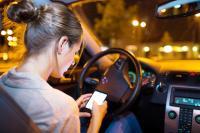 Hati-Hati! Polisi Akan Denda Pengemudi yang Menggunakan Ponsel saat Berkendara