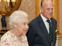 Rayakan Ulang Tahun Pernikahan Ratu Elizabeth dan Pangeran Philip ke-70, Inggris Terbitkan Perangko Baru