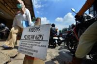 <i>Dear</i> Pemotor, Jangan Renggut Hak Pejalan Kaki dan Disabilitas di Trotoar