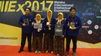 Mahasiswa Indonesia Raih Prestasi di Melaka International Intellectual Exposition