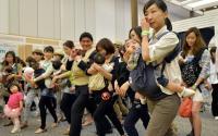 Dilarang Bawa Bayi ke Kantor, Ini yang Dilakukan Politikus Wanita Jepang untuk Protes