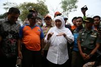 Kunjungi Korban Banjir di Lombok Timur, Mensos Salurkan Bantuan Sosial