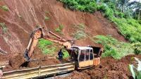 Pasca-Tertimbun Longsor, Jalur Kereta Lintas Selatan Sudah Dapat Dilalui