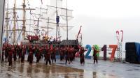 Diguyur Hujan, 400 Pelajar Tetap Semangat Menari di Peresmian Sail Sabang 2017
