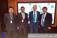 Singkirkan 500 Kompetitor Dunia, Unpad Sabet Green World Awards di Dubai