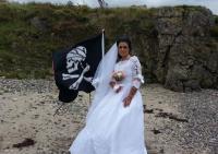 Perempuan Irlandia Utara Menikah dengan Hantu Bajak Laut Akibat Kerap Patah Hati