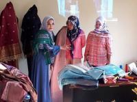 Pamerkan Busana Muslim di London Fashion Week 2018, Tuty Adib Gunakan Tenun Payakumbuh