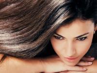 Lakukan 7 Cara Ini untuk Dapatkan Rambut Sehat dan Berkilau