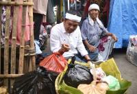 <i>Blusukan</i> ke Pasar Indramayu, Dedi Mulyadi Dicurhati Harga Beras Mahal