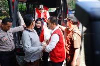 Saat Korban Todong Terdakwa Penipuan First Travel: Mana Uang Saya, Kembalikan!
