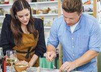 Tanggapan Sisca Soewitomo Melihat Kreasi Gado-Gado Jamie Oliver
