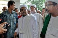 Habib Rizieq Tak Jadi Pulang  Lagi