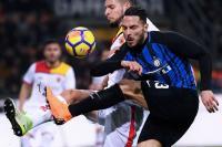 Inter Milan Kandaskan 10 Pemain Benevento 2-0
