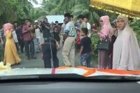 Uniknya Prosesi Pernikahan di Aceh: Kendaraan Pengantin Perempuan Ditarik Menggunakan Rambut