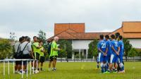 Mario Gomez Soroti Lini Belakang Persib Bandung