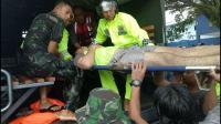 Banjir di Mamuju Telan Korban, Seorang Polisi Pingsan Tertimpa Tembok