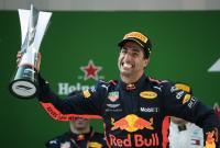 Ricciardo Persembahkan Kemenangan F1 GP China 2018 untuk Tim Red Bull