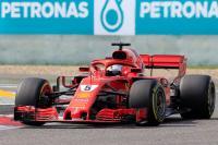 Legawa Disalip, Vettel Tak Sangka Malah Ditabrak Verstappen