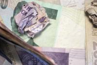 Rupiah Tembus Rp13.800 USD Terhajar Dolar AS