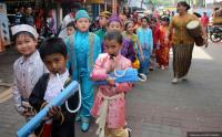 Ini Cara Ajarkan Semangat Kartini pada Anak-anak, Salah Satunya Cinta Tanah Air!