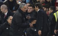 Conte: Saya Tidak Ada Masalah dengan Mourinho