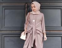 Tampil Gaya saat Bukber, Ini Padu-padan Busana Hijab Super Kece!