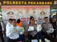"""Penyelundupan 8 Kg Sabu dengan Modus """"Ban Serep"""" Berhasil Dibongkar Polisi"""