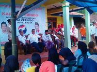 Demiz Berdialog dengan Petani Tembakau di Acara Bazar Kartini Perindo Majalengka
