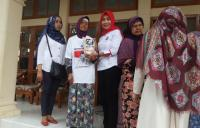 Antusiasnya Warga Cirebon Sambut Bazar Murah Kartini Perindo