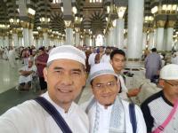 Pulang Umrah, Cawalkot Fasha Doakan Pilkada Kota Jambi Damai dan Bermartabat