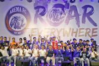 Mudik Lebaran, Ini Oleh-Oleh Pemain Arema FC untuk Keluarga