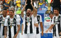Juventus Incar Pemain Bertahan pada Bursa Transfer Musim 2018