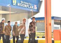Resmikan Jalan Tol Ruas Kartasura-Sragen, Jokowi Minta Rest Area Diisi Produk Lokal