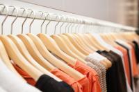 Rumah Mode Ini Buat Pakaian Renang dari Lakban, Benar-Benar Seksi!