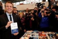 Staf Presiden Prancis Ketahuan Pukuli Demonstran, Macron Dihujani Kritik