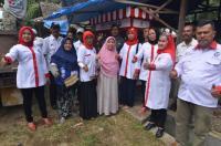 DPD Perindo Kota Pariaman Salurkan Gerobak UMKM