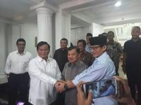 Ketika Prabowo dan Sandiaga Jabat Tangan JK, Bersaing Tapi Bersahabat