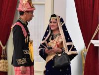 HUT ke-73 RI, Begini Penampilan Jokowi Kenakan Baju Adat Aceh