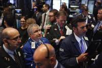 Wall Street Melonjak di Tengah Pembahasan Perdagangan AS-China