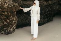 Bingung Pilih Busana untuk Idul Adha? Sontek 6 Inspirasi Gayanya yang Kekinian