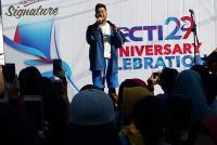Sambut HUT ke-29 RCTI, Glenn 'Idol' Hibur Warga Surabaya di CFD