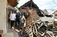 Maknai Idul Adha, Jokowi Ajak Masyarakat Bantu Korban Gempa Lombok