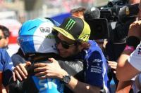 Rossi Berharap Fenati Lanjutkan Kariernya di Balap Sepeda Motor