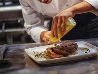 6 Kondisi Makanan yang Bisa Dikembalikan ke Pelayanan Restoran