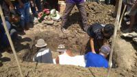 Jenazah Anggota The Jakmania Haringga Sirila Dimakamkan di Indramayu
