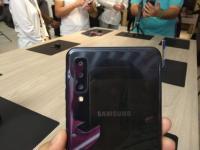 Samsung Luncurkan Galaxy A7 secara Global dengan Tiga Kamera Belakang