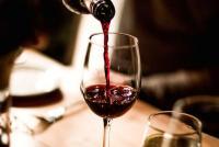 Terlalu Langka, 5 Botol Wine Klasik Ini Berhasil Terjual senilai Rp30 Miliar!