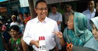 Anies Puji Jokowi yang Bagikan 10 Ribu Sertifikat Tanah di Jakarta Utara