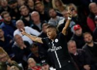 Buffon Sebut Mbappe Layak Raih Trofi Ballon dOr 2018