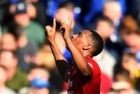 Cetak 2 Gol saat Hadapi Chelsea, Young: Martial Pemain Kelas Dunia